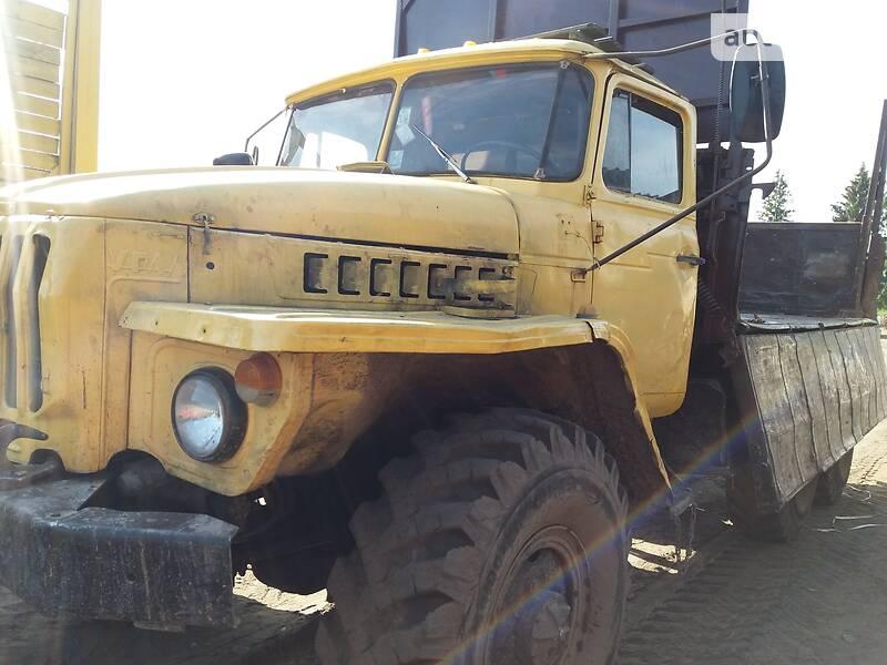 Урал 5557 1990 в Березному