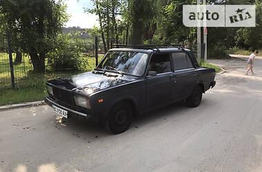 Седан ВАЗ 2105 1987 в Львові