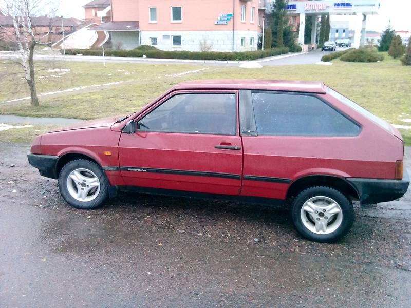 Lada (ВАЗ) 2108 1990 года в Луцке