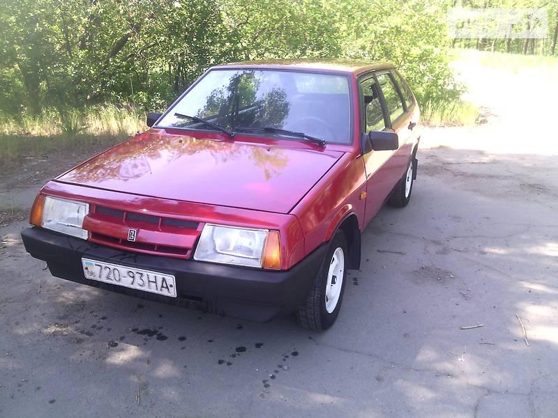 ВАЗ 2109 1993 в Токмаке