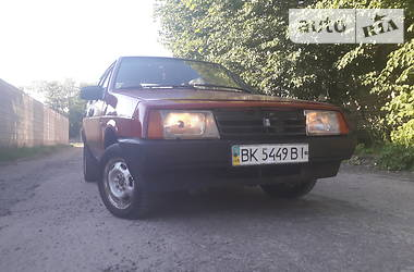 Хэтчбек ВАЗ 2109 1994 в Сарнах