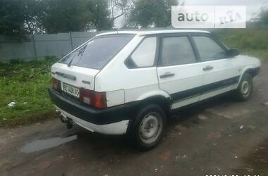Седан ВАЗ 2109 1991 в Горохове