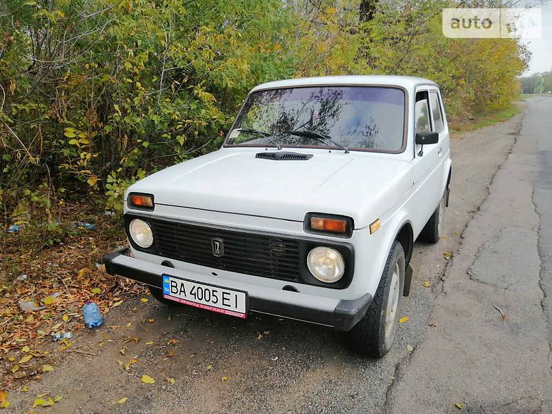 ВАЗ 21213 2001 в Новоукраинке