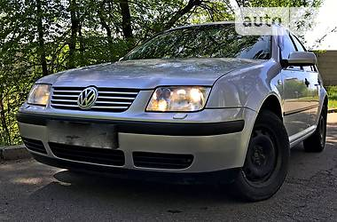 Volkswagen Bora 2004 в Киеве