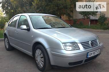Седан Volkswagen Bora 2000 в Житомире