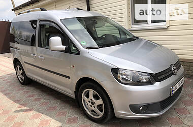 Volkswagen Caddy пасс. 2010 в Покровске