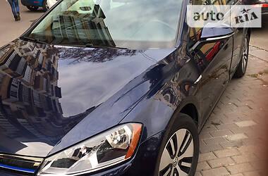 Volkswagen e-Golf 2015 в Вишневом