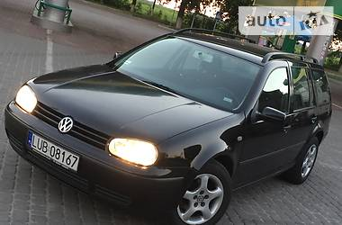 Volkswagen Golf IV 2001 в Владимир-Волынском