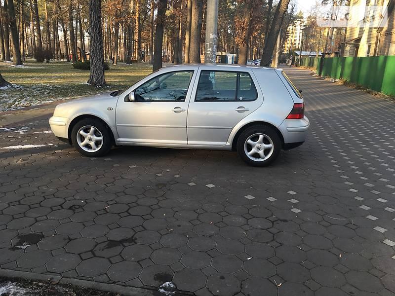 Volkswagen Golf 2000 года в Киеве