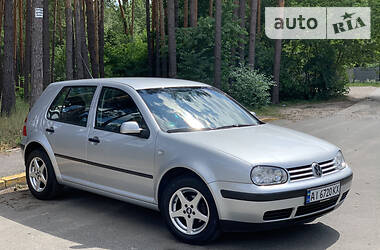 Volkswagen Golf IV 2003 в Киеве