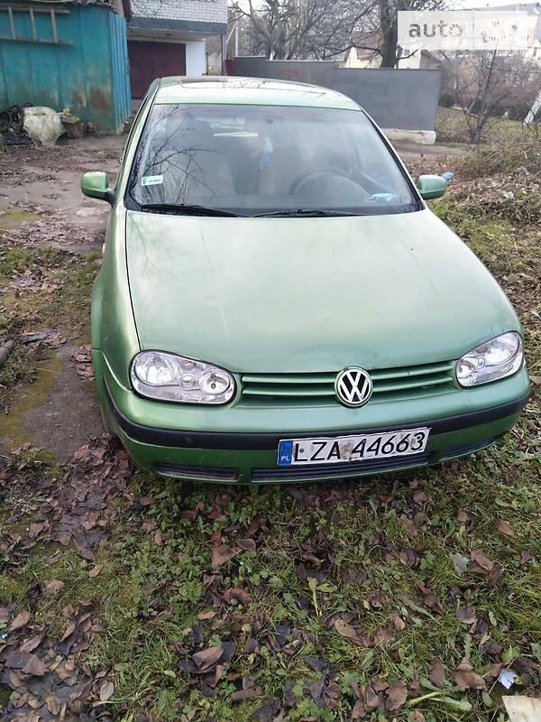 Volkswagen Golf IV 1998 в Горохове