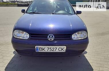 Volkswagen Golf IV 2001 в Сарнах