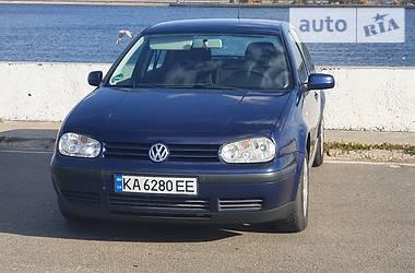 Хэтчбек Volkswagen Golf IV 2002 в Киеве
