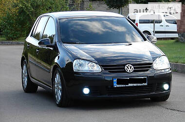 Volkswagen Golf V 2005 в Ровно
