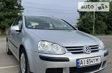 Хэтчбек Volkswagen Golf V 2005 в Вишневом