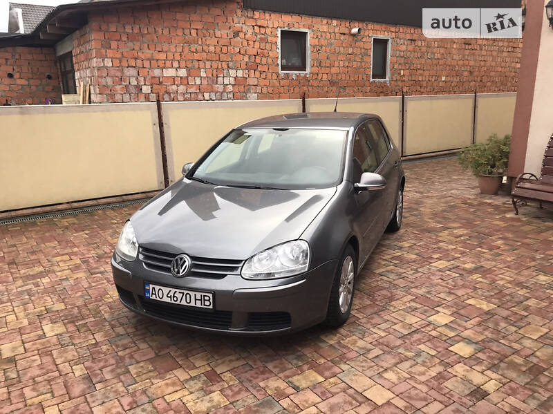 Volkswagen Golf V AVTOMAT