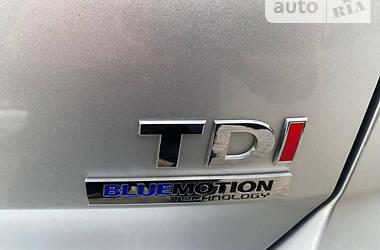 Хэтчбек Volkswagen Golf VII 2013 в Черновцах