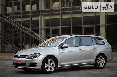 Универсал Volkswagen Golf VII 2016 в Полтаве