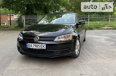 Седан Volkswagen Jetta 2011 в Кропивницком