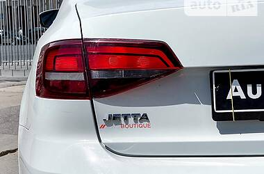 Седан Volkswagen Jetta 2016 в Харькове
