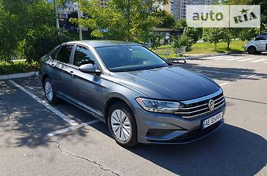 Седан Volkswagen Jetta 2020 в Києві