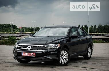Седан Volkswagen Jetta 2018 в Львові