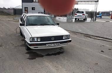 Volkswagen Passat B2 1987 в Дубровице