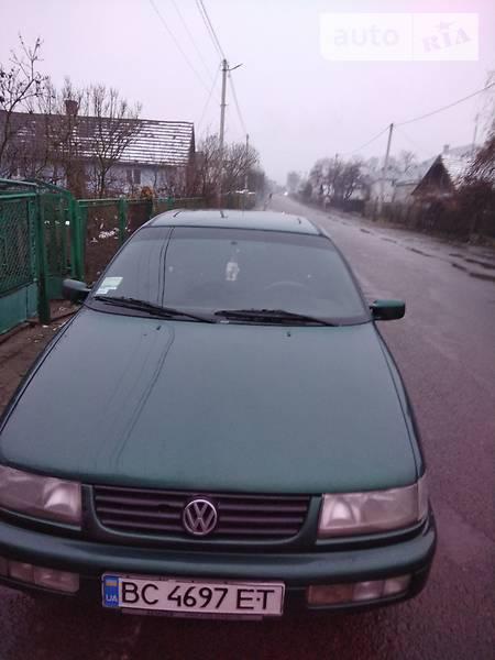 Volkswagen Passat 1996 года в Львове