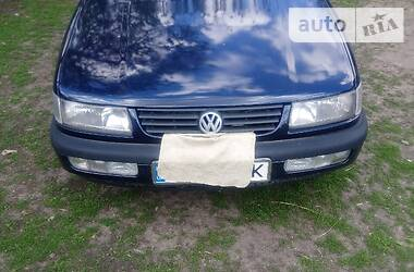 Volkswagen Passat B4 1996 в Кагарлыке