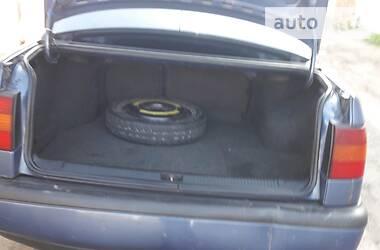 Седан Volkswagen Passat B4 1994 в Глухове