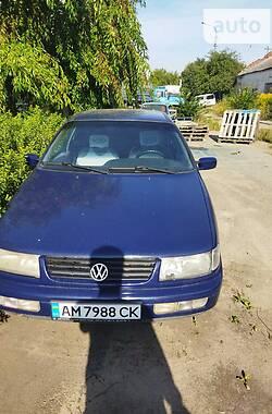 Седан Volkswagen Passat B4 1996 в Житомире
