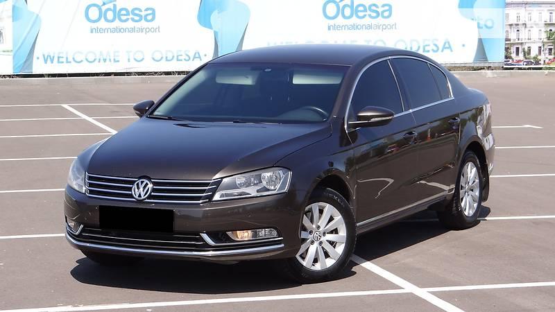 Volkswagen Passat 2013 года в Одессе