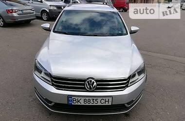 Volkswagen Passat B7 2014 в Ровно