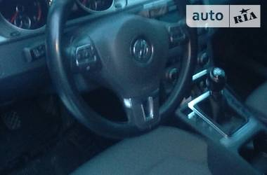 Volkswagen Passat B7 2012 в Волновахе