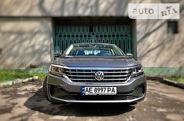 Седан Volkswagen Passat B7 2020 в Днепре