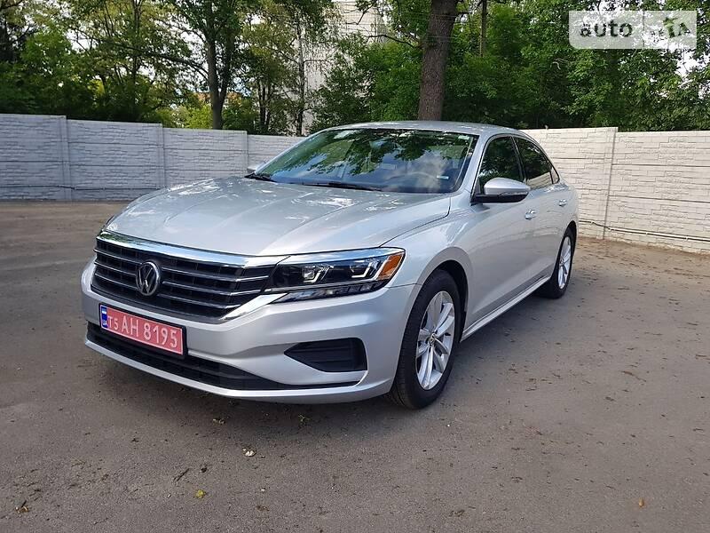 Седан Volkswagen Passat B7 2020 в Харькове