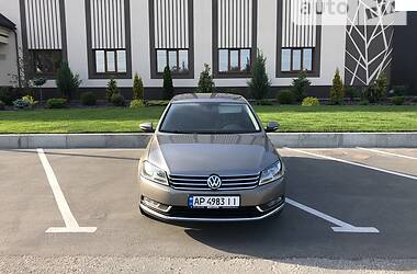 Седан Volkswagen Passat B7 2011 в Запорожье
