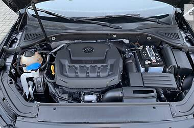 Седан Volkswagen Passat B7 2019 в Николаеве