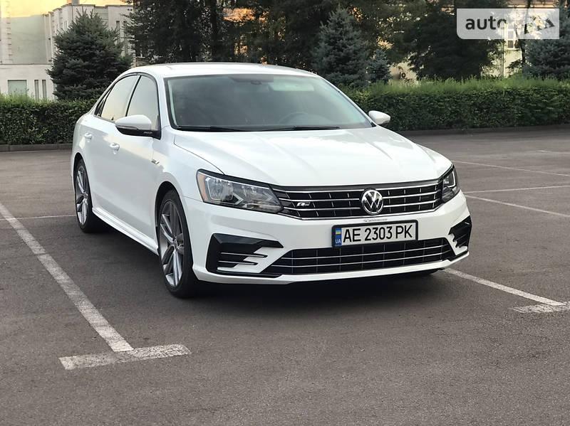 Седан Volkswagen Passat B7 2018 в Каменском