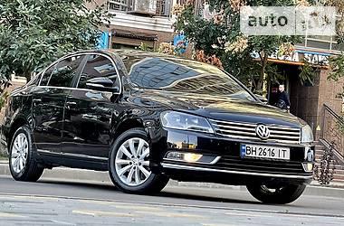 Седан Volkswagen Passat B7 2012 в Одесі