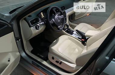 Седан Volkswagen Passat B7 2012 в Днепре