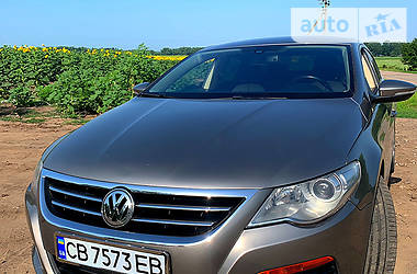 Седан Volkswagen Passat CC 2010 в Прилуках