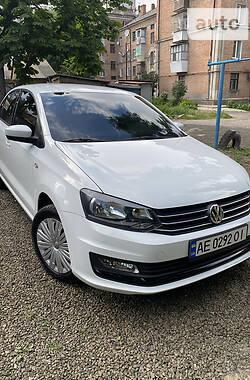 Седан Volkswagen Polo 2017 в Никополе