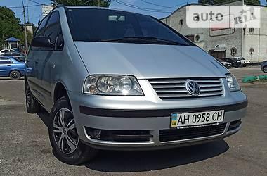 Мінівен Volkswagen Sharan 2001 в Харкові