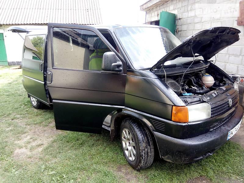 Volkswagen T4 (Transporter) пасс. 2000 в Вараше