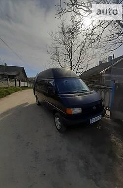 Volkswagen T4 (Transporter) пасс. 2002 в Черновцах