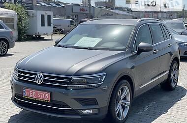 Внедорожник / Кроссовер Volkswagen Tiguan 2018 в Черновцах