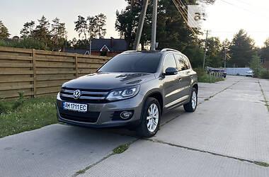 Внедорожник / Кроссовер Volkswagen Tiguan 2014 в Житомире