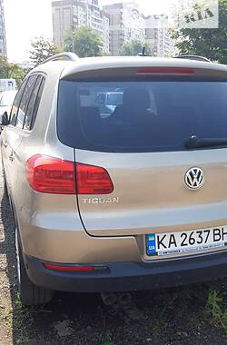 Внедорожник / Кроссовер Volkswagen Tiguan 2012 в Киеве