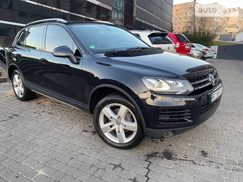 Volkswagen Touareg 2011 в Львове